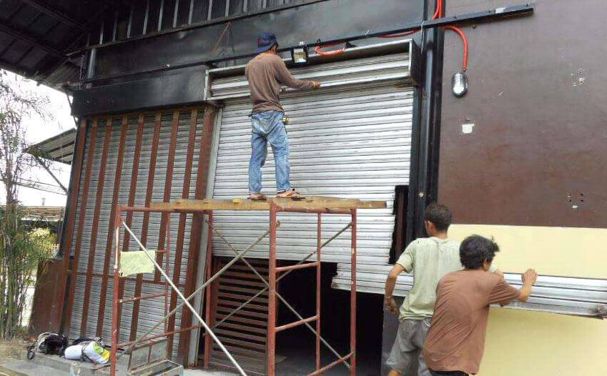 Sửa cửa cuốn Tiệm Tôm